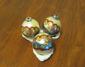 """3 vintage 1970s Christmas tree decorations ornaments Virgin Mary Baby Jesus decal design by Mark Alvin 8 1/4"""" (71217)"""