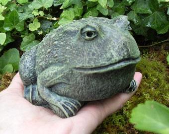 Frog Statue,Toad Statue,Garden Frog Statue,Garden Toad Statue,Garden Decor