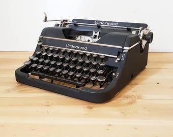 Vintage Typewriter F-Model Underwood Universal Portable Antique Typewriter