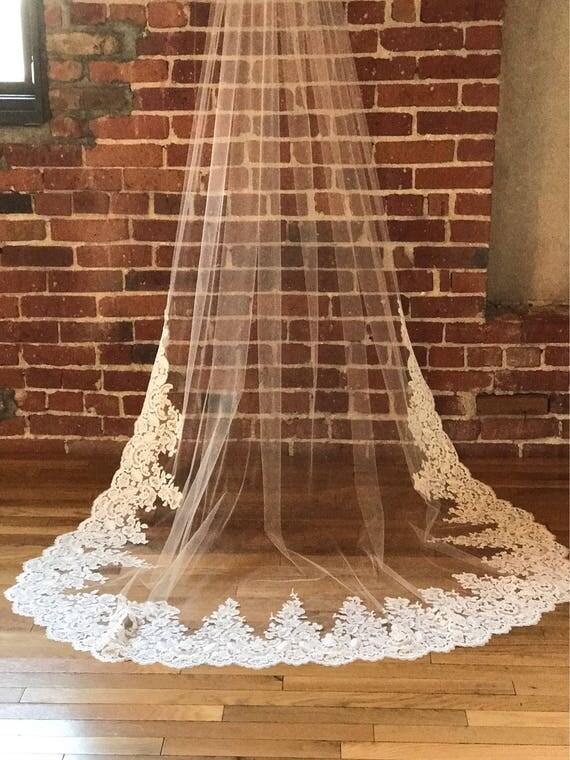 Lace Wedding Veil, Wedding Veil ,Soft Tulle Veil, Wedding Veil Lace, Chapel Veil , Modern Lace Veil, Veil with Lace, Chapel Veil,