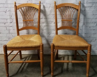 Italian Farm house rush chairs / Rush chairs / pair of rush chairs