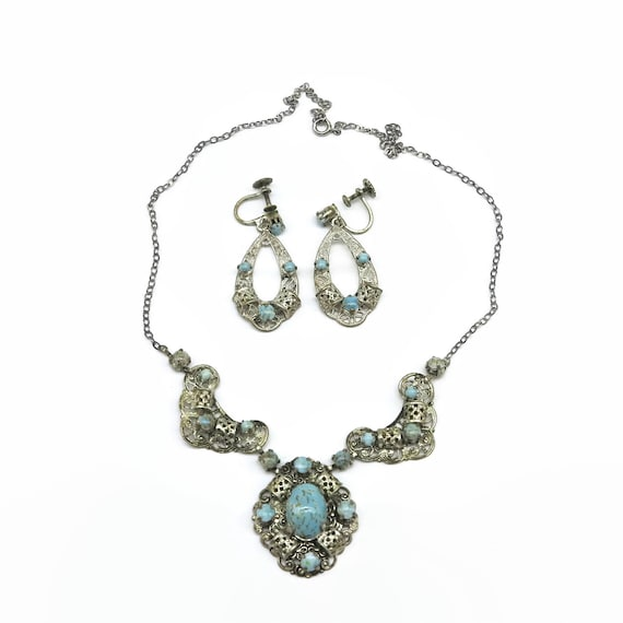 Mid 20th century silver plated filigree necklace and earrings set with blue glass turquoise stones, screw back earrings, circa 1940s