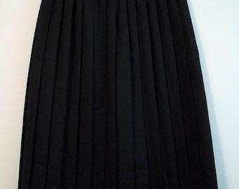 Vintage Black Pleated Skirt