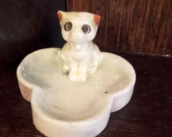 Vintage 50's Big Eyed Kitty cat trinket dish with lustre finish