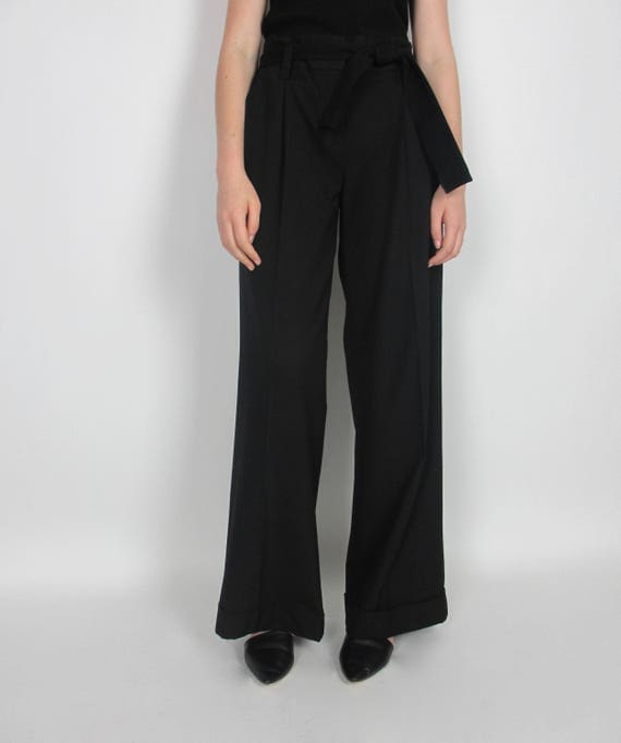 High waisted wide leg pants / S-M / perfect for cinching as needed for paper bag look black pleated simple cuffed minimal minimalist basic
