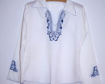 Polish White & Blue Embroidered Blouse Women's Folk Blouse Ukrainian sorochka Shirt - Vyshyvanka size S / Small Made in Poland 80's