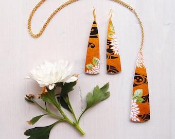 Jewlery set necklace + earrings KIKU, paper dangle collier + paper earrings, painted parure japanese style, dangle triangular shape