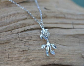 Silver Fish Pendant Necklace with Moving Tail