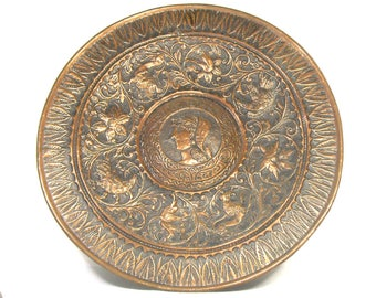 Large Vintage Copper Tray in a Neoclassical Style, Copper Repousse Tray, Repousse Plate, Copper Wall Decor, Copper Xmas Gift for the Home