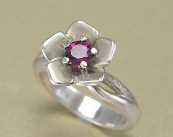 White Gold Flower Ring, Engagement Ring, Proposal Ring, Rhodolite Garnet Flower Ring, White Gold Ring, Unique Ring, Gift for her