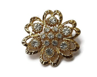 Stylised flower vitnage brooch with sparklying diamantes