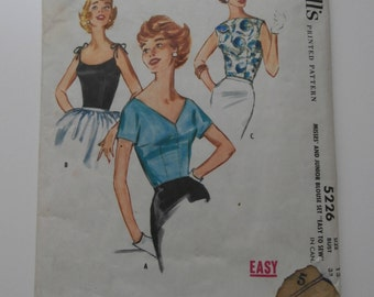 Vintage Size 13 MCCALLS Blouse Sewing Pattern, 1950's Blouse Pattern, Bust 33, Fitted Blouse Pattern, Bateau Neck Blouse, V Neck Blouse