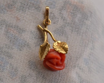 Romantic antique 18K yellow gold carved-Coral rose pendant