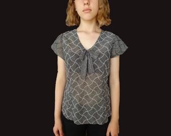 Vintage 50s blouse, vintage short sleeve 50s blouse, vintage bow blouse, front bow blouse, black white bow blouse, 50s polka dot blouse XS S