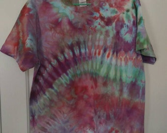 L Purple/Green Tie Dye T-shirt