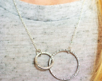 Interlocking circles necklace, linked circles sterling silver necklace, hammered texture infinity rings, silver layered necklace