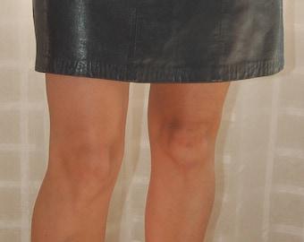 Vintage skirt // black leather skirt // vintage leather // size 26 // black leather // women's skirt //