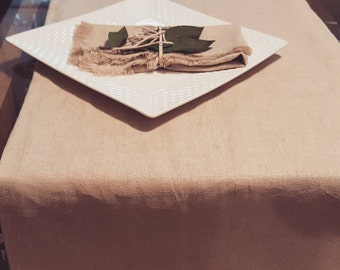 Set of Two Natural Linen Cloth Napkins and Table Runner. 100% Organic Linen. Table Set. Clasic Flax Linen Table Runner and Napkins