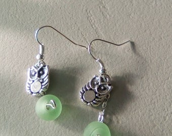 Owls and pearls DANGLING EARRINGS glass