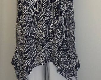 Plus Size Tank Top, Plus Size Tunic, Coco and Juan, Lagenlook, Navy, Paisley, Knit, Angled, Tank Top Size 1 Fits 1X,2X Bust  to 50 inches