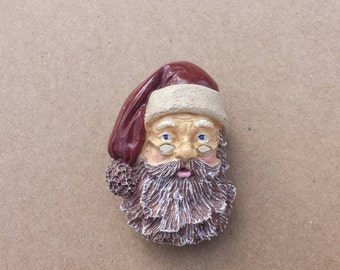 Santa Clause Christmas Vintage Pin, Santa's Face Wearing Glasses