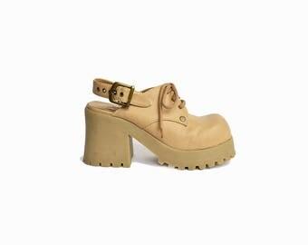 Vintage 90s Vegan-Leather Platform Sneakers in Almond / 90s Platform Shoes / Sling-back Platforms - women's 8