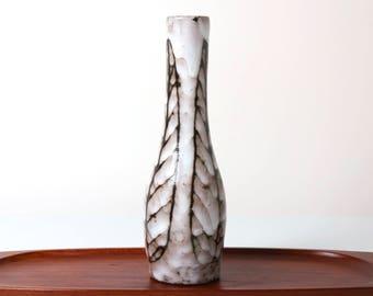 Vintage Hódmezövásárhely Majolikagyár Pamacsolt vase - 1960s Hungarian pottery - Fat Lava - mid century modern minimalist retro home decor