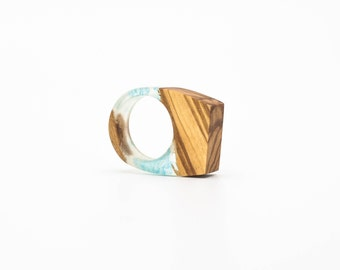 Resin and wood Ring - SIZE 8 US