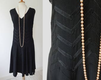 Black 40s Goes 20s Dress With Dropwaist