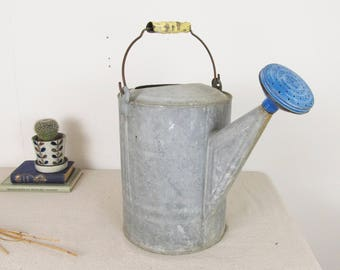antique watering can,vintage garden,farmhouse antiques,shabby chic,rustic decor,garden decor,country primitive,galvanized,french country