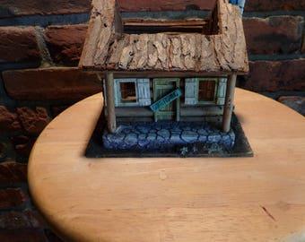 Vintage Log Cabin Planter, Fairy Garden Log Cabin, Cabin Décor, Folk Art Décor, Cabin planter, planter, rustic décor, fairy garden décor