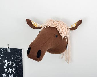 Felt horse head, horse head, horse animal head, childrens bedroom, nursery decor, animal mount, horse mount