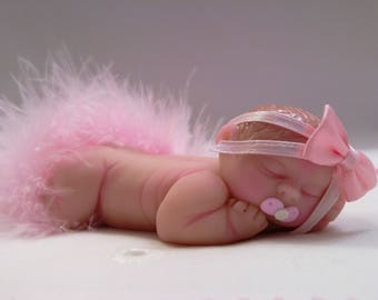 """Polymer Clay Babies  ***NEW*** """"It's a Girl """" 4.0"""" Big Baby, Gift, Collectible, Keepsake, Cake Topper, Birthday, Home Shelf Curio Display"""