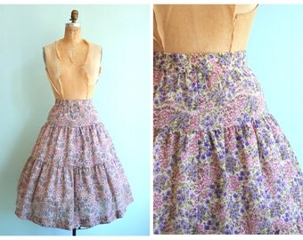Vintage 1970's Handmade Tiered Floral Skirt | Size Small