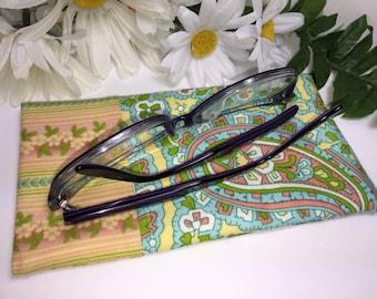 Vintage Print Sunglasses Case, Eyeglasses Case, Glasses Case, Glasses Pouch, Slip Style, Soft Glasses Case, Stocking Stuffer