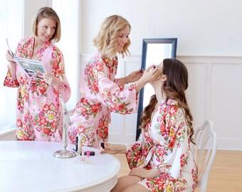 Set of 7 Bridesmaid Robes, Bridesmaid Gift, Floral Robes, Satin Robes, Monogram Robes, Bridal Party Kimono Robes, Wedding (+ Gift Pouches)
