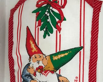New old stock Christmas hotpad  1979  Unieboek Gnome