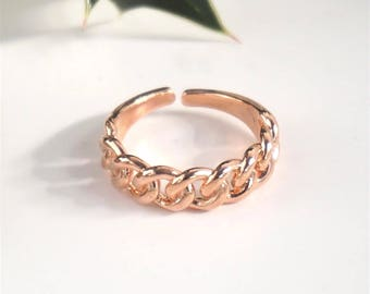Rose gold chain link ring