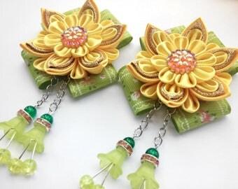 Kanzashi flower/Kanzashi hair clip/Kanzashi fabric flowers/Flower girl gifts/Set of two