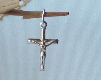 Sterling Silver Cross Pendant Vintage Crucifix  Silver Cross 925 Vintage Cross Religious Pendant Small Cross Vintage Cross Christian Jewelry