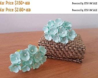 """30% OFF Mint paper flowers 1/2"""" Mint green flowers / mini paper flowers / mint flowers"""