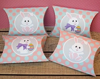 Set of 4 boxes for chocolates in the shape of box for Easter (pillow box)