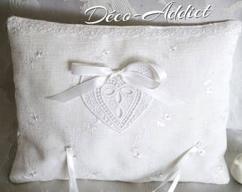 Lovely ring pillow in broderie anglaise and applique heart