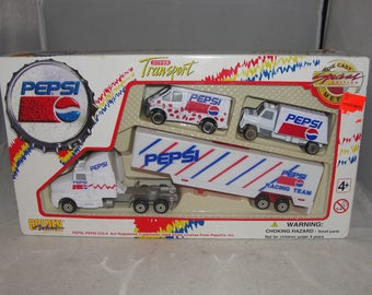 1996 Golden Wheel Pepsi Racing Team Die-Cast Plastic Super Transport Truck Set