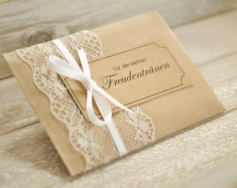 Tears of joy - handkerchiefs of vintage - in the Poketformat with lace