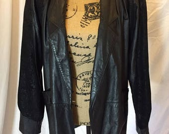 Vintage 90s Black Leather Jacket Mid Length Suede Accent Global Identity G-III Size S