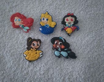 Lot 5 jibbitz Princess / princess (badges for fangs)