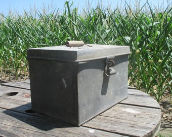 Galvanized Tin Carpenter Vintage Tool Box Folk Art Metal Chest Trunk Cabinet c