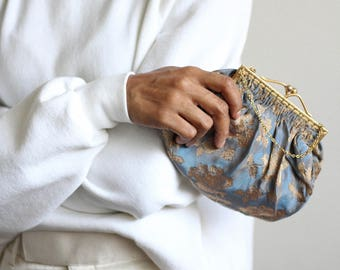 30's brocade purse / vintage evening bag / tiny purse / floral purse / vintage purse