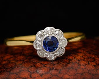 Antique Edwardian Sapphire & Diamond Daisy Cluster Ring in 18k Gold and Platinum, c1910